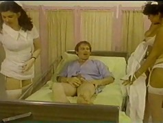 Nurses are Coming (1979)