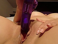 a Shocking Vibrator Orgasm with my little Dolphin