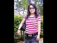 indonesia- indonesian maid with indian guy in singapore