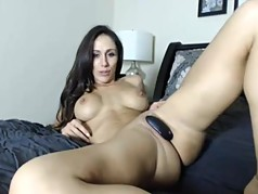A Very Sexy, Fit, MILF On Cam