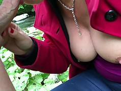 Sexy Fraulein. Teasing, flashing and a great blowjob