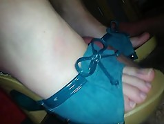 horny mules,shoejob and cumshot