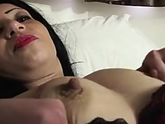 Beautiful milf masturbating